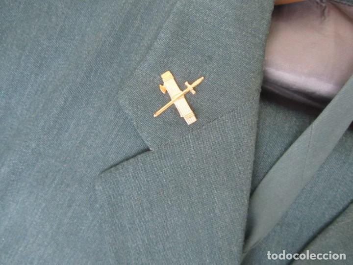 Militaria: Uniforme (chaqueta + pantalones + corbata) Capitán Guardia Civil - Foto 6 - 230766680