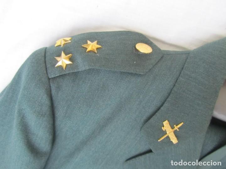 Militaria: Uniforme (chaqueta + pantalones + corbata) Capitán Guardia Civil - Foto 7 - 230766680
