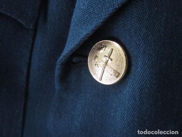 Militaria: Uniforme (chaqueta + pantalones + corbata) Capitán Guardia Civil - Foto 10 - 230766680