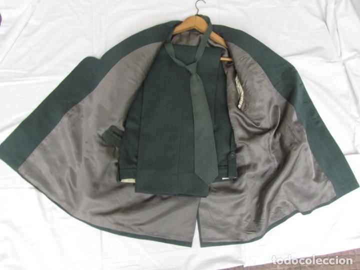 Militaria: Uniforme (chaqueta + pantalones + corbata) Capitán Guardia Civil - Foto 14 - 230766680