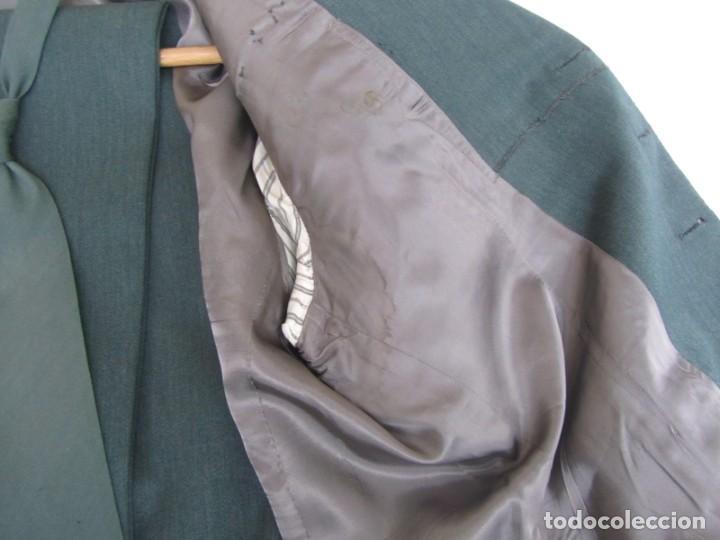 Militaria: Uniforme (chaqueta + pantalones + corbata) Capitán Guardia Civil - Foto 15 - 230766680