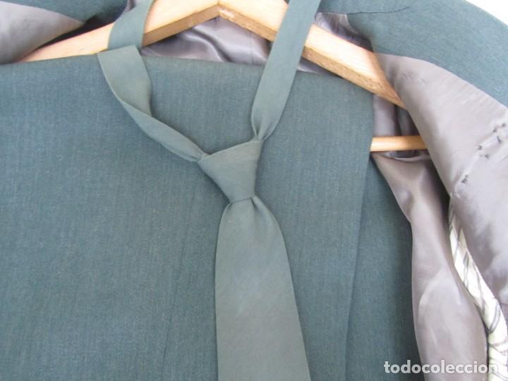Militaria: Uniforme (chaqueta + pantalones + corbata) Capitán Guardia Civil - Foto 17 - 230766680