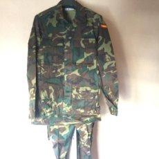 Militaria: INFANTERIA MARINA, UNIFORME WOODLAND TALLA 50 S. Lote 245312090