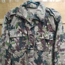 Militaria: CAMISOLA CAMUFLAJE ORIGINAL DE SU ÉPOCA COES ROCOSO OTOÑO T-P. Lote 174473193