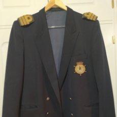Militaria: CHAQUETA CAPITAN FRAGATA SOCIO CLUB MARITIMO MARBELLA. Lote 231695885