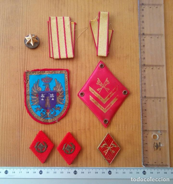 Militaria: Lote militar Sáhara. IMEC, milicias universitarias, AOE. Gorrilllo, emblemas, galones, escarapela. - Foto 3 - 232805945
