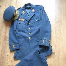 Militaria: UNIFORME COMPLETO DE GENERAL DE BRIGADA DE AVIACIÓN. EPOCA DE LA TRANSICIÓN. EJERCITO DEL AIRE.. Lote 236027600