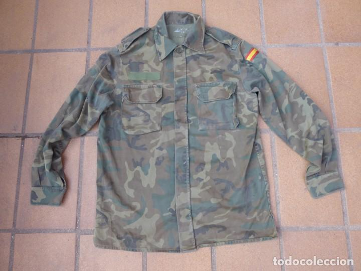 CAMISOLA M-82 CAMUFLAJE BOSCOSO DEL EJÉRCITO ESPAÑOL. TALLA 42 (Militar - Uniformes Españoles )