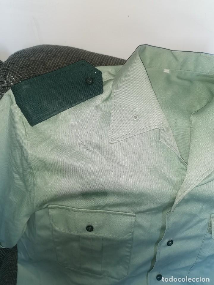 Militaria: Camisa original antigua Guardia civil - Foto 2 - 238414795