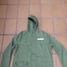 Militaria: CHAQUETÓN M-77 UNIFORME AERÓDROMO DEL EJÉRCITO DEL AIRE. EZAPAC VERDE MANZANA. Lote 239652085