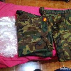 Militaria: ANTIGUO UNIFORME CAMPAÑA MIMETIZADO BOSCOSO EJERCITO AIRE TALLA 54 L4 (COMPLETO Y EN SU BOLSA) FECSA. Lote 240167175