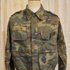 Militaria: CAMISOLA CHUPITA KOSOVO TALLA GRANDE ESPAÑA ROPA MILITAR. Lote 240634500