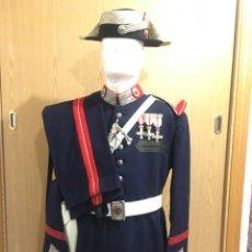 Militaria: GUARDIA CIVIL, UNIFORME DE GALA, CABO COMPAÑÍA DE GUARDIA INTERIOR PALACIO DEL PARDO, CASA DE FRANCO. Lote 241276155