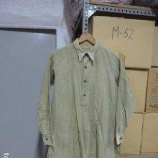 Militaria: ANTIGUA CAMISA A IDENTIFICAR, TIPO GUERRA CIVIL.. Lote 253930480