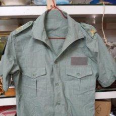 Militaria: CAMISA MANGA CORTA DE LA LEGIÓN CON LAS HOMBRERAS BORDADAS.. Lote 254306675