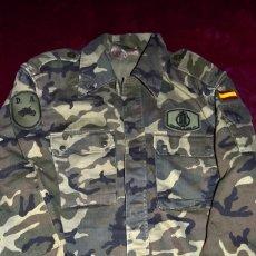 Militaria: CHAQUETA / CAMISOLA CAMUFLAJE. EJÉRCITO ESPAÑOL. OTAN. USADA.. Lote 255480505