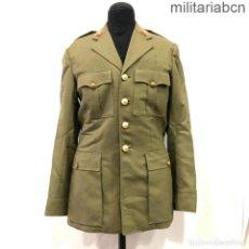 Militaria: UNIFORME DE ALFEREZ DE INFANTERÍA. REGLAMENTO DE 1943. CUELLO ABIERTO. CHAQUETA Y PANTALONES.. Lote 257426365