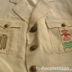 Militaria: GUERRERA FRANQUISTA DE JERARCA SINDICAL PROVINCIAL FALANGISTA. EXCELENTES BORDADOS. FALANGE. UNICA.. Lote 263279015