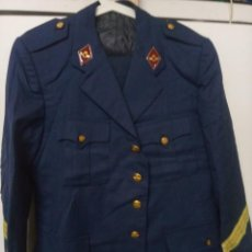 Militaria: UNIFORME SARGENTO DEL EJERCITO DEL AIRE. CHAQUETA Y PANTALÓN.. Lote 263812740