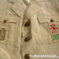 Militaria: GUERRERA FRANQUISTA DE JERARCA SINDICAL PROVINCIAL FALANGISTA. EXCELENTES BORDADOS. FALANGE. UNICA.. Lote 264259460