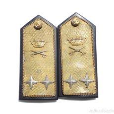 Militaria: HOMBRERAS ALMIRANTE CARLOS VILA MIRANDA, REGLAMENTO DEL 43. Lote 264267820