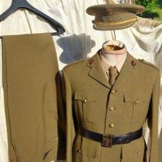 Militaria: UNIFORME COMPLETO CORONEL MEDALLA MILITAR COLECTIVA 4 DIVISIÓN DE NAVARRA GUERRA CIVIL AÑOS 40. Lote 265840124