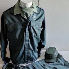 Militaria: GUARDIA CIVIL. UNIFORME DE CAMPAÑA.. Lote 266020053