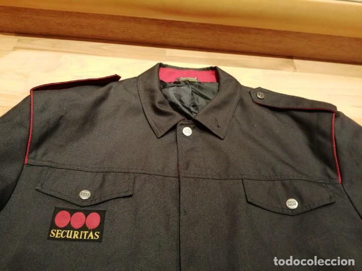 UNIFORME COMPAÑIA DE SEGURIDAD SECURITAS, CHAQUETA (Militar - Uniformes Españoles )