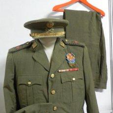 Militaria: UNIFORME DE GENERAL DE DIVISION DEL EJERCITO DE TIERRA, CON DISTINTIVO DE PECHO PARA PROFESORADO DE. Lote 275187013