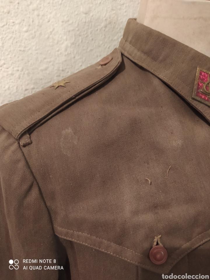 Militaria: ANTIGUA SAHARIANA Y PANTALON DE MONTAR DE UN ALFÉREZ DE INFANTERÍA. REGLAMENTO DEL 43. - Foto 8 - 278626963