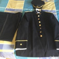 Militaria: UNIFORME DE GALA COMPLETO. COMANDANTE DEL CUERPO DE SANIDAD. PERFECTO ESTADO. Lote 288073393