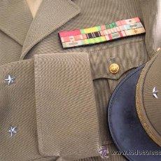 Militaria: UNIFORME COMPLETO Y KEPÍ DE GENERAL FRANCÉS DE DOS ESTRELLAS.. Lote 32215445