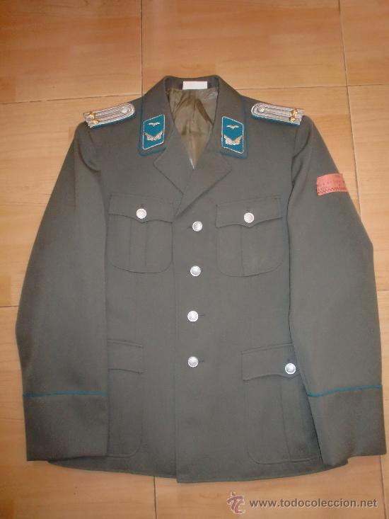 GUERRERA DE OFICIAL DE LA LUFTWAFFE DE LA RDA DDR NVA PILOTO (Militar - Uniformes Extranjeros )
