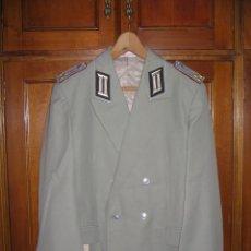 Militaria: CHAQUETA ALEMANA DDR-NVA DE GALA PRIMER TENIENTE DE ARTILLERIA AÑOS 80. Lote 42230399