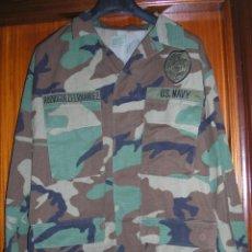 Militaria: US NAVY. CHAQUETA UNIFORME WOODLAND. POLICIA NAVAL Y SEGURIDAD . BASE NAVAL DIEGO GARCIA. Lote 42318973