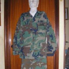Militaria: UNIFORME WOODLAND US NAVY. GRADO TENIENTE CON CURSOS DE PARACAIDISMO Y MUNICIONES. Lote 44925681