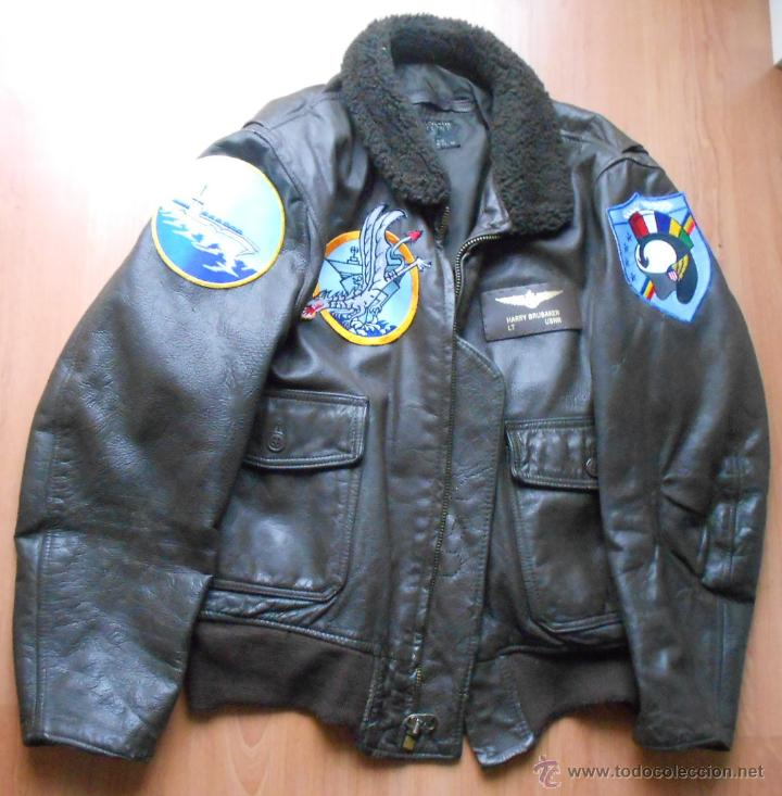 CHAQUETA DE PILOTO ORIGINAL, CON PARCHES DE BRUBAKER, THE BRIDGES AT TOKO-RI WILLIAM HOLDEN (Militar - Uniformes Extranjeros )