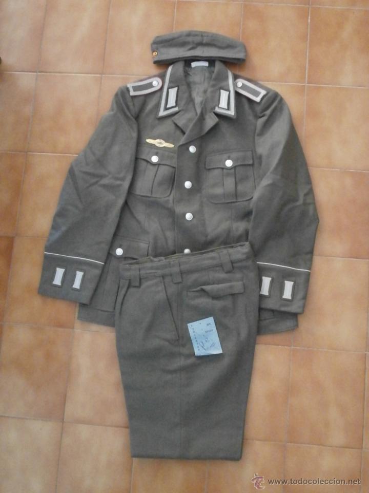 UNIFORME DEL EJERCITO ALEMÁN TANQUISTA 7º DIVISIÓN ACORAZADA PANZER ALEMANIA ORIENTAL COMUNISTA DDR (Militar - Uniformes Extranjeros )