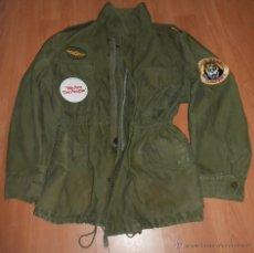 Militaria: CHAQUETA USA M-65, VIETNAM, PARCHES Y CHAPA TAXIDRIVER. DE NIRO. Lote 151885697