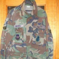 Militaria: AUTÉNTICA CAMISA CHAQUETA CAMUFLAJE US ARMY WOODLAND. Lote 69371297