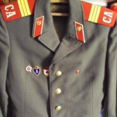 Militaria: CHAQUETA MILITAR SOVIETICA .SERGENTO .CON INSIGNIAS .URSS. Lote 83968456