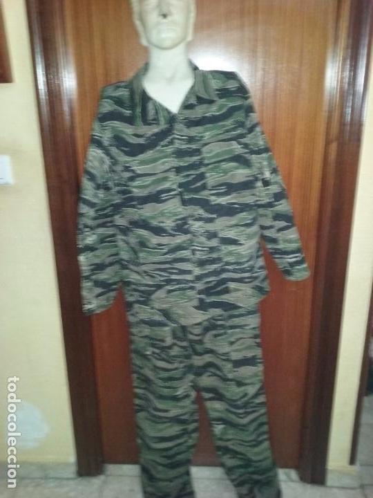 UNIFORME DE CAMUFLAJE. BANDAS DE TIGRE. (Militar - Uniformes Extranjeros )
