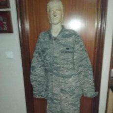 Militaria: USAF. US AIR FORCE. UNIFORME COMPLETO CON GALONES Y DISTINTIVOS.. Lote 93270470