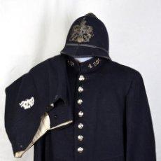 Lote completo Policía Londres (guerrera, pantalón, 2 cascos, porra) Bobby. 2a guerra mundial. WW2