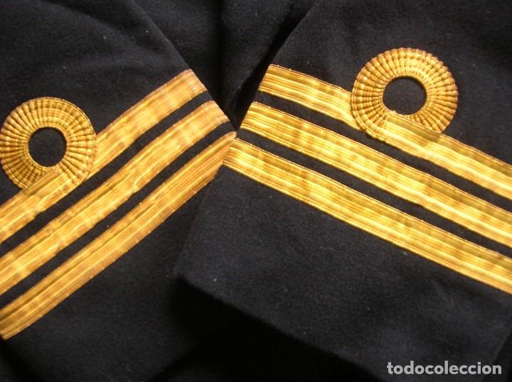 Militaria: ANTIGUO UNIFORME DE OFICIAL DE LA ARMADA BRITÁNICA. ROYAL NAVY. AÑOS 80. - Foto 4 - 108046667