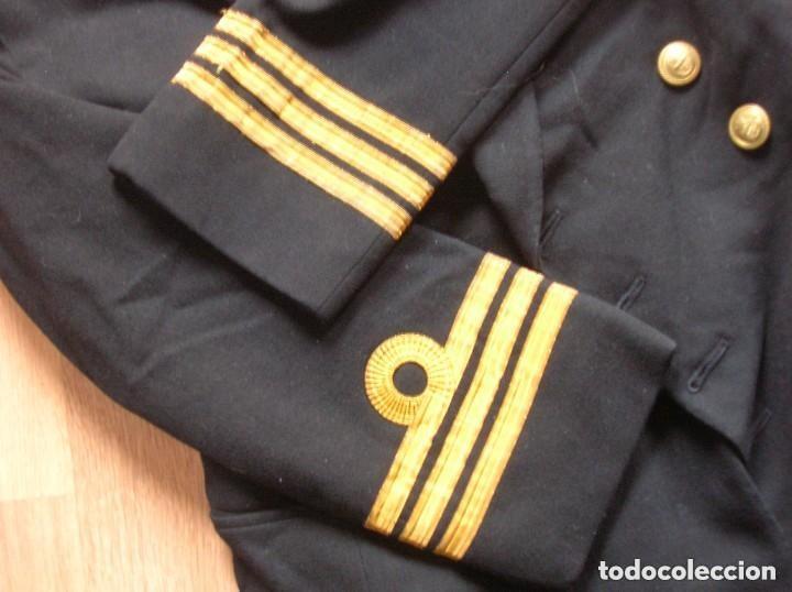 Militaria: ANTIGUO UNIFORME DE OFICIAL DE LA ARMADA BRITÁNICA. ROYAL NAVY. AÑOS 80. - Foto 4 - 108771615