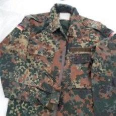 Militaria: CHAQUETA CAMUFLAJE ALEMANA. Lote 110340915