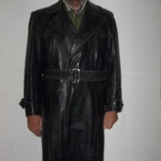 Militaria: ANTIGUO ABRIGO ALEMAN DE CUERO - GESTAPO - OFICIALES. Lote 112402415