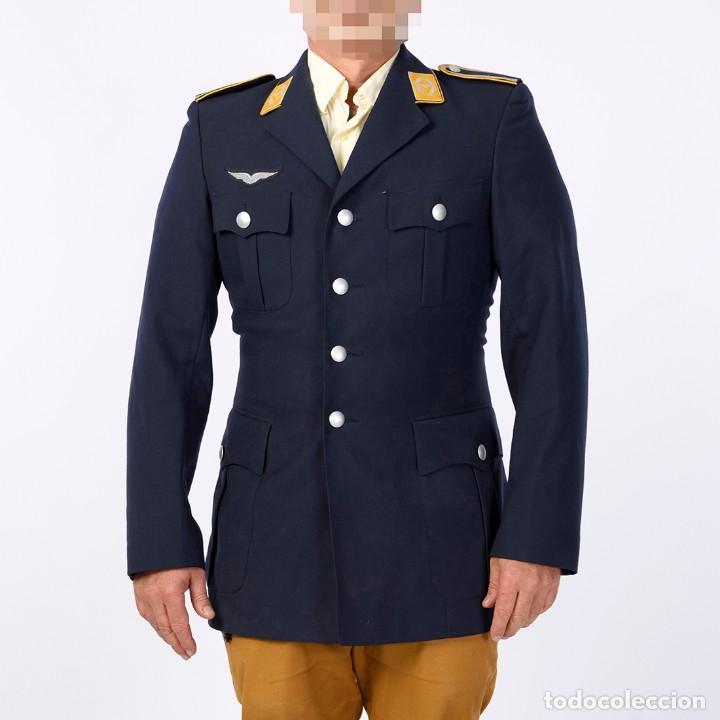 GUERRERA OFICIAL LUFTWAFFE (Militar - Uniformes Extranjeros )