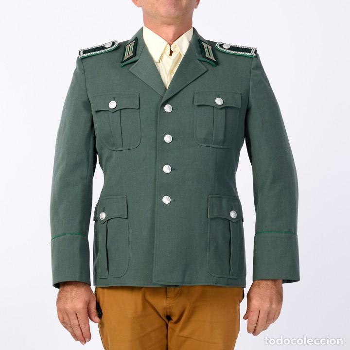GUERRERA POLICÍA DE FRONTERAS. RDA. (Militar - Uniformes Extranjeros )
